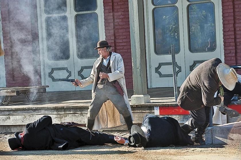 old-sacramento-gunfight.jpg
